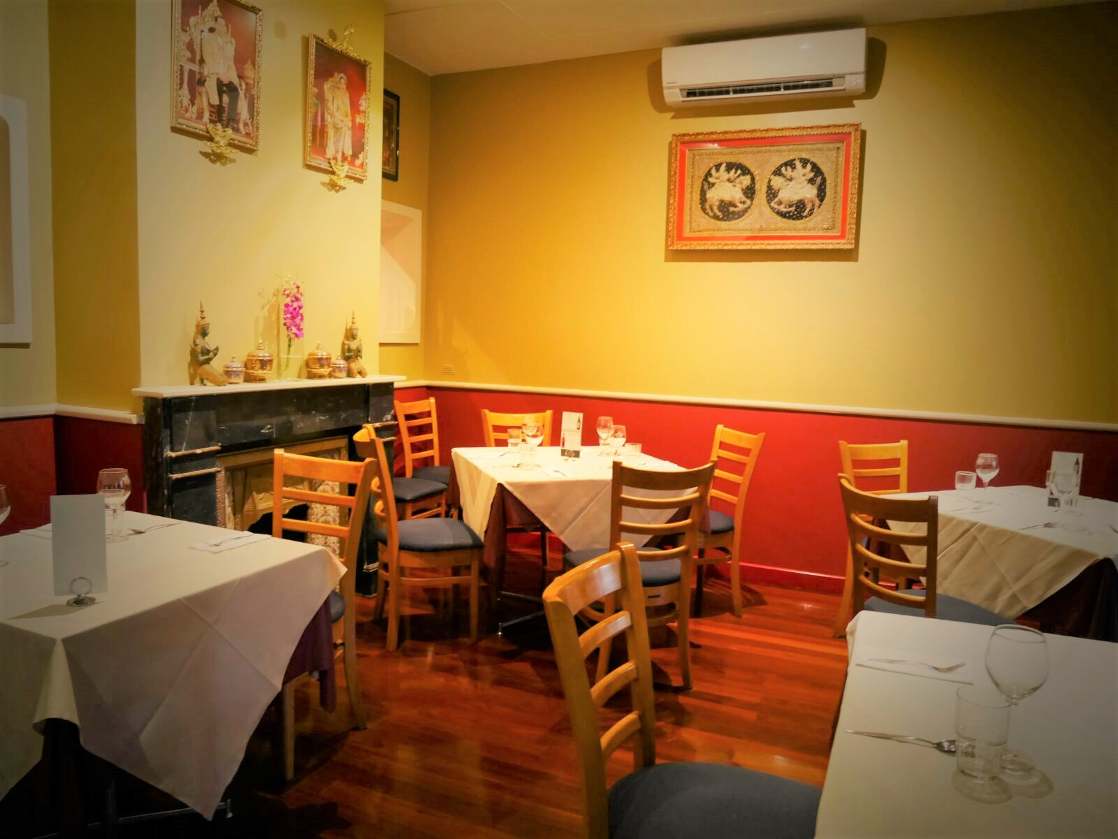 Well patronised Licensed Thai Restaurant Fremantle
