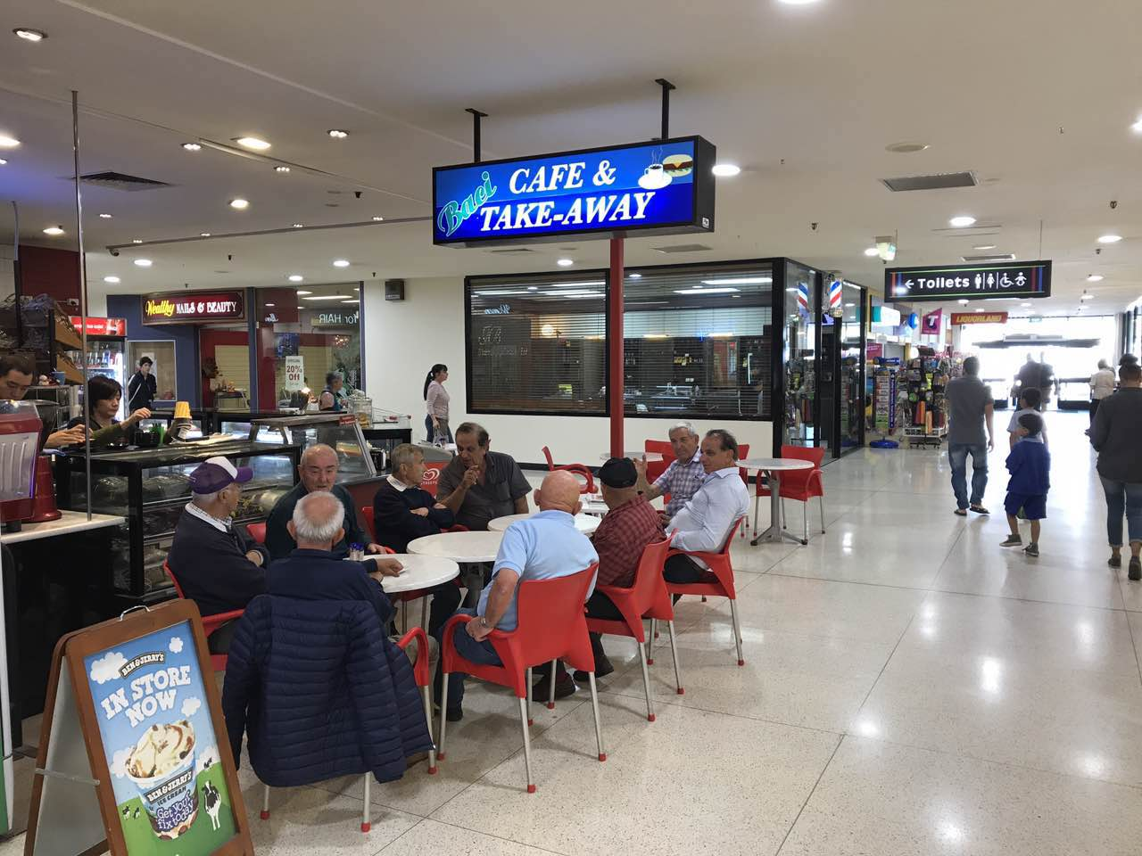 Cafe in North Perth with low rent