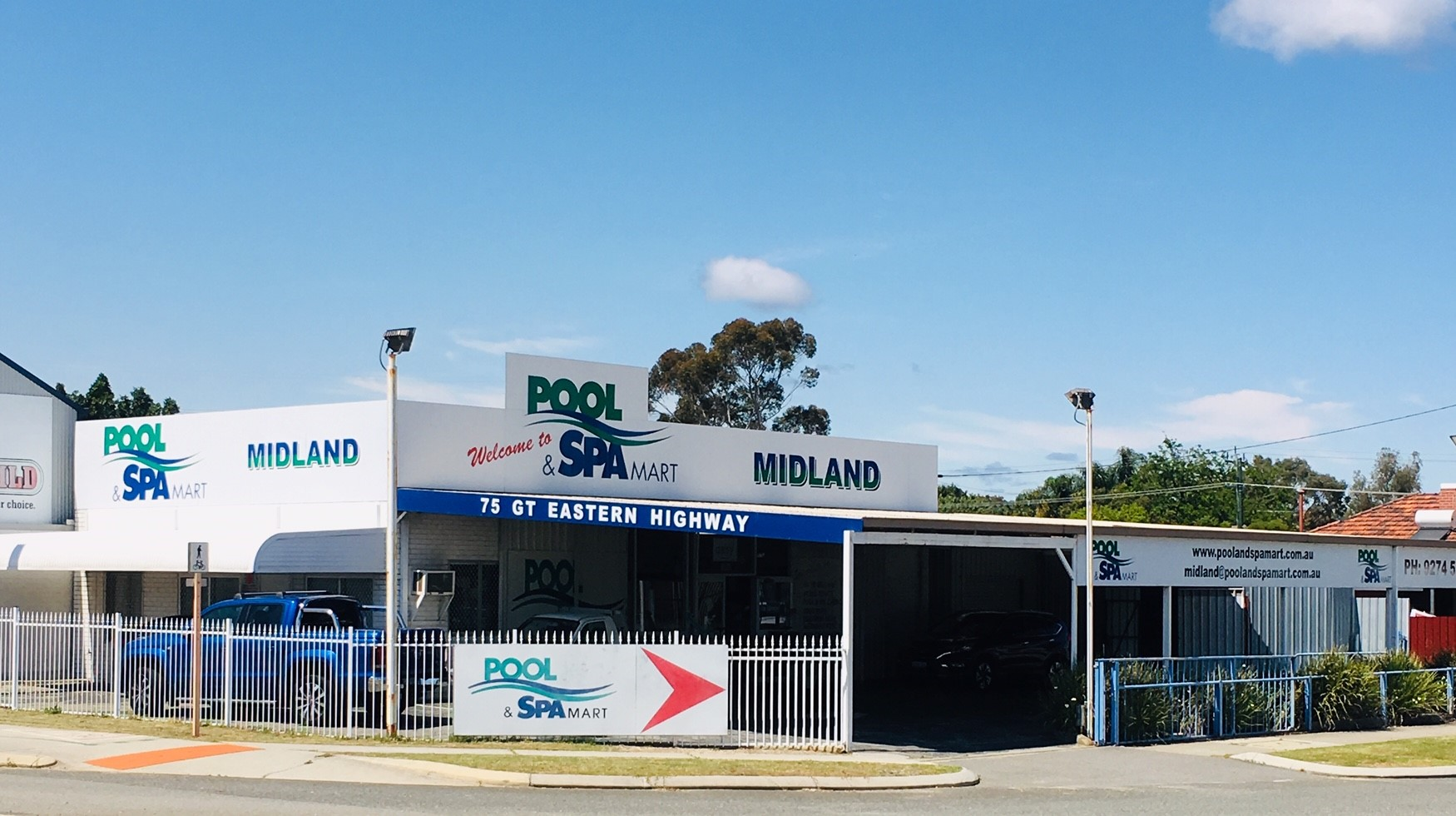 Pool Supplies – excellent income, ideal family business